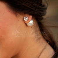 DOUBLE SIDED SQUARE PAVE/PEARL