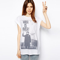 White John Lennon War Is Over Photo   Short Sleeve Loose Tee