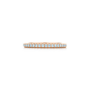 Tiffany & Co. - Tiffany Soleste® band ring in 18k rose gold with diamonds.