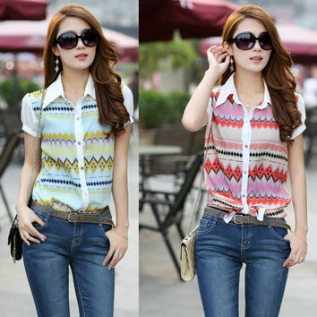 Geometric Pattern Puffed Short-Sleeve Collared Chiffon Blouse