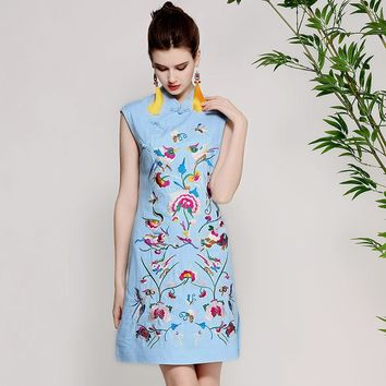 High-end summer women Chinese style floral linen embroidery dress elegant lady sleeveless Mandarin collar Qipao party dress XXL