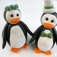 Penguin love - wedding cake topper