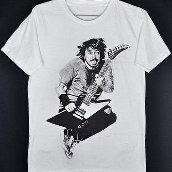 Foo Fighters Dave Grohl Jump in the Air with His Guitar Davy Grolton Dale Nixon Nirvana Unisex T-Shirt S to XXL