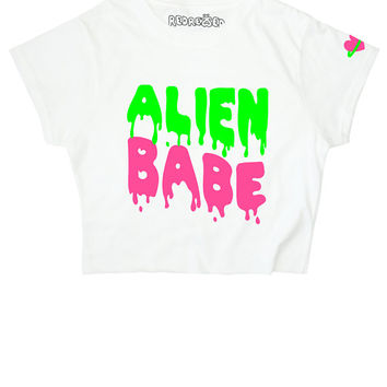 Alien Babe ∘ Crop top ∘ 90s Space Slime Grunge ∘ Planet Heart ∘ Kawaii ∘ Pastel ∘ Baby Blue Pink ∘ Goth ∘ Womens Ladies ∘ S M L XL 2XL