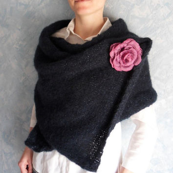 Hand knitted shawl - hand knit scarf - hand knit shawl - shoulder wrap - strickschal