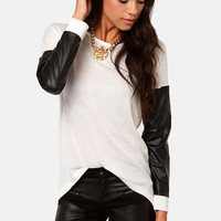 Sleeve-ie Nicks Ivory and Black Sweater Top