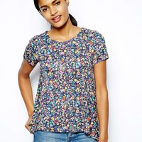 Love Moschino Stretch T-Shirt in Floral Print -