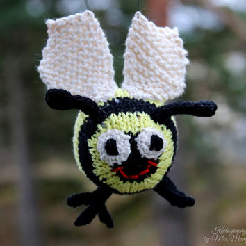 Bonnie Bumblebee, handknit from eco friendly cotton yarn, spring gift and decoration, easter, gift for kids and adults