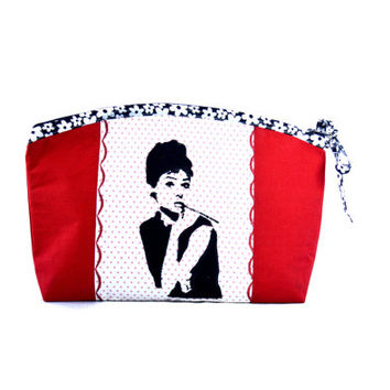 Audrey Hepburn makeup bag // Makeup organizer // Dots cosmetic bag // Small zipper pouch // Fashion make up bag // Toiletry storage bag