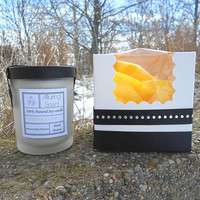 Honeysuckle wood wick, natural soy candle.