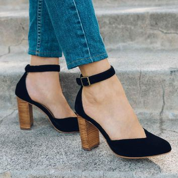 Collette Heel