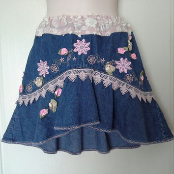 GIRLS DENIM SKIRT cow girl style, blue flared country , birthday party skirt, flower embellished, 11 12 13 year old, young teen, boho chic