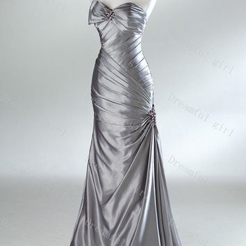 Prom dresses sweetheart sleeveless with beads sheath Mermaid evening dresses
