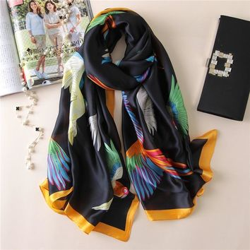 [Peacesky] 2017 Fashion bandana Luxury bird Fly Print Scarve Woman Brand 100% Silk Scarf Women Shawl Print hijab