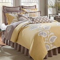 "Noble Excellence ""Modern Leaf"" Bedding Collection 