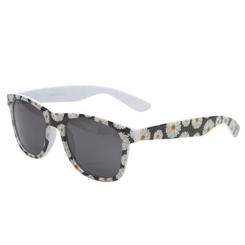 Go Daisy Wayfarer Sunglasses | Wet Seal