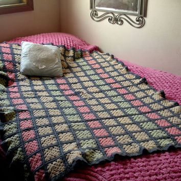 Vintage  Shabby Chic Granny Square Wool Afghan Crocheted  Blanket Throw Lap