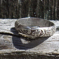 Custom Renaissance Ring with Flowers by ShireJewelry on Etsy