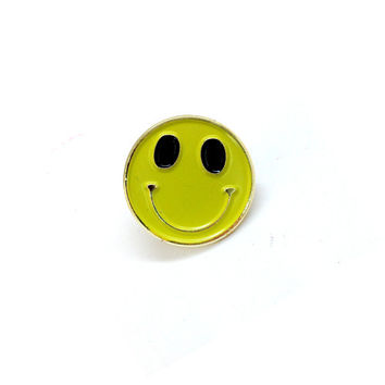 Enamel Pin Happy Face
