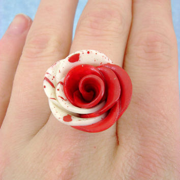 Paint The White Roses Red - Alice In Wonderland - Adjustable Ring