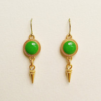 Green Earrings with Gold Spike Charms, Kelly Green Earrings, Green and Gold Resin Disc Earrings, Resin Jewelry, Hypoallergenic, For Her