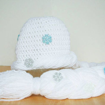 Halloween costume hat, Ice Queen Hat, Knit hat with braid, snowflake hat, Elsa Hat