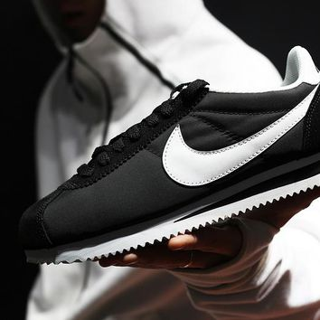 zz kuyou Nike Classic Cortez Men Women Sport Basketball Shoes Black White36-44
