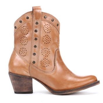 Dingo Women's Roni Boot - Tan