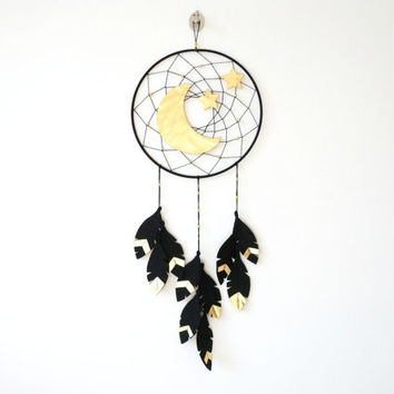 Moon and Star dream catcher, Gender Neutral Nursery Idea, Neutral Dreamcatcher, Gold Nursery Idea, Dream catcher wall hanging