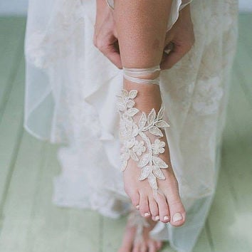 Free ship Champagne ivory white Beach wedding barefoot sandals, french lace sandals, wedding anklet, Beach wedding barefoot sandals,