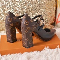 LV Louis Vuitton New Fashionable Women Princess Pointed High Heeled Sandals Shoes Black