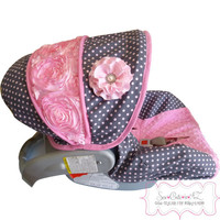 Dumb Dot Bloom with Bubblegum Rose Infant Car Seat Cover