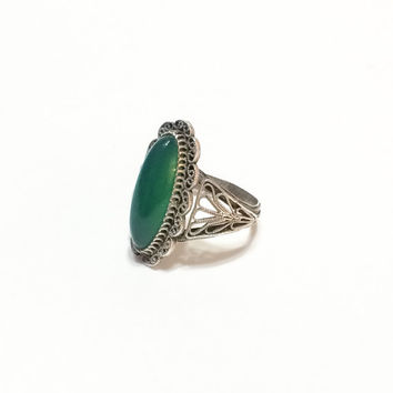 Filigree Silver and Chrysoprase Ring, Tall, Thin Oval, Victorian, Vintage Jewelry