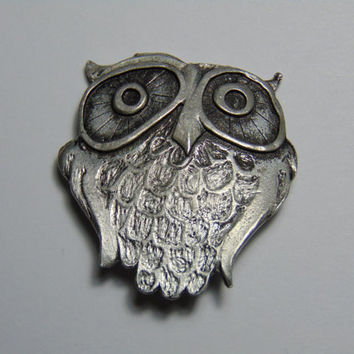 Vintage Pewter Metzke Owl with big eyes Brooch Pin