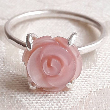 Carved Mother-of-Pearl Rose Ring - Flower Ring - Pink Stone Ring - Carved Stone Ring - Bridesmaid Gift - Daughter Gift - Girlfriend Gift