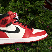 "Air Jordan 1 Retro OG High ""Chicago"" Men Sneaker"