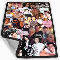 One Direction and 5sos Blanket for Kids Blanket, Fleece Blanket Cute and Awesome Blanket for your bedding, Blanket fleece *