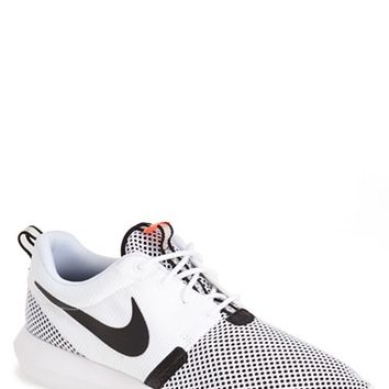 Men's Nike 'Roshe Run NM Breeze' Sneaker,