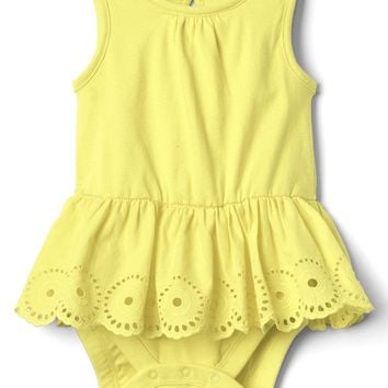 Eyelet peplum tank body double | Gap