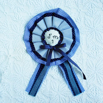 Birthday Badge, I am one, birthday rosette, Birthday brooch for boys, felt, fabric, embroidered, Baby boy birthday, handmade