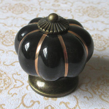 Black Ceramic Cabinet Knobs / Dresser Drawer Knobs Pulls Handles Antique Brass Metal / Vintage Furniture Cupboard Handle Pull Knob Hardware