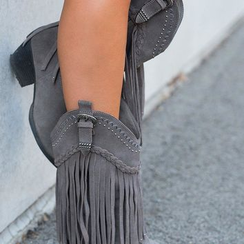 Hometown Fringe Boots (Charcoal)