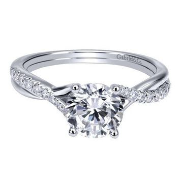 14K White Gold .90cttw Criss-Crossed Round Diamond Engagement Ring