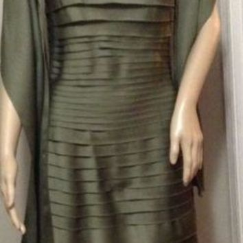 JS COLLECTIONS formal wedding cruise elegant Evening sage olive green Dress sz 8