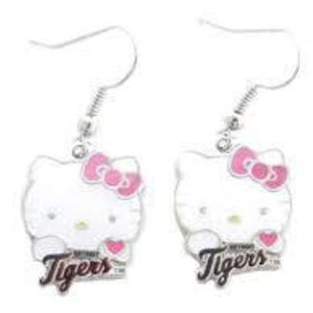 DCCKG8Q MLB Detroit Tigers Hello Kitty Dangle Earrings