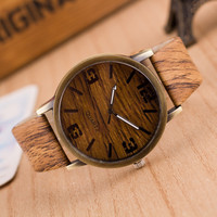 Wooden Quartz Men Watches Casual Wooden Color Leather Strap Watch Wood