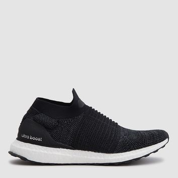 Adidas / UltraBOOST Laceless in Black