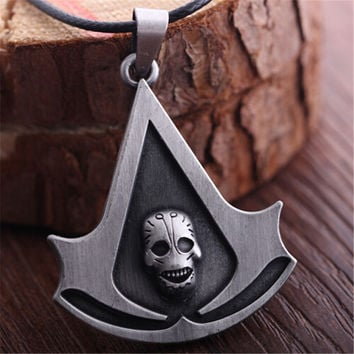 Movie Skull Pendant Necklace Jewelry Assassins Creed Necklace For Women And Men