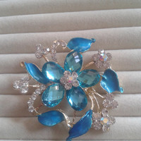 Blue and light blue crystal flower rhinestone goldtone  brooch  pin