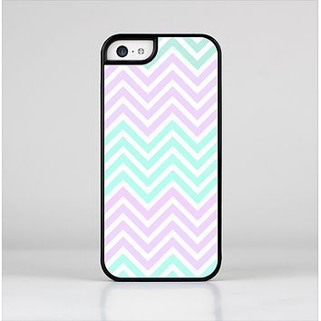 The Light Teal & Purple Sharp Chevron Skin-Sert Case for the Apple iPhone 5c